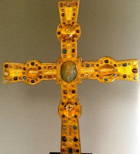 Heinrich cross